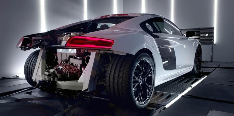 Audi R8 V10 Plus - 1