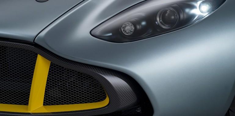 Aston Martin CC100 Speedster Concept 17