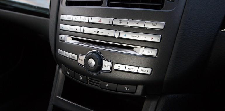 Holden Commodore v Ford Falcon-62