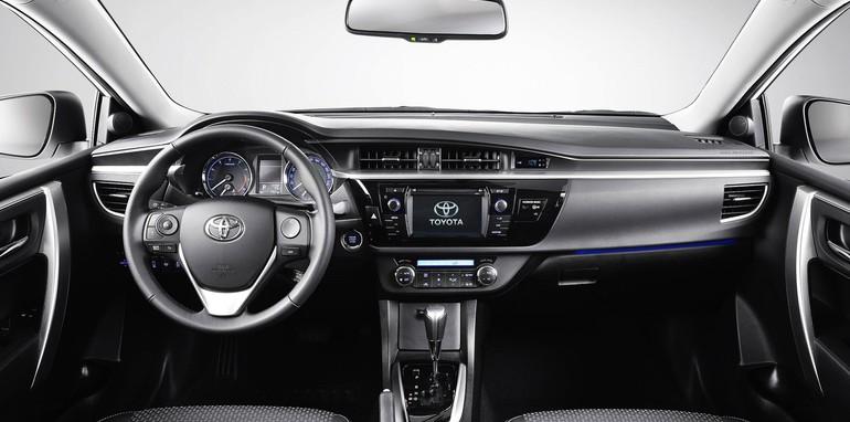 Toyota Corolla Sedan EU Spec - 7