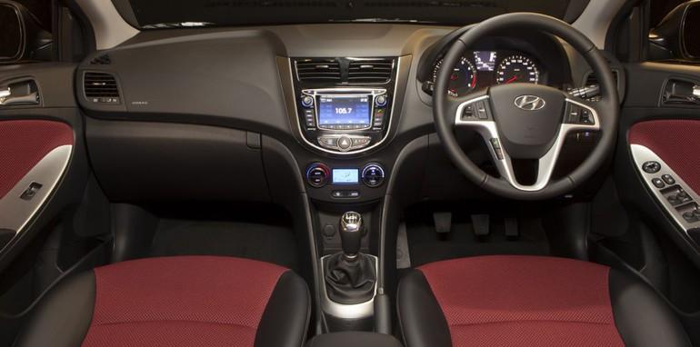 Hyundai Accent SR 1