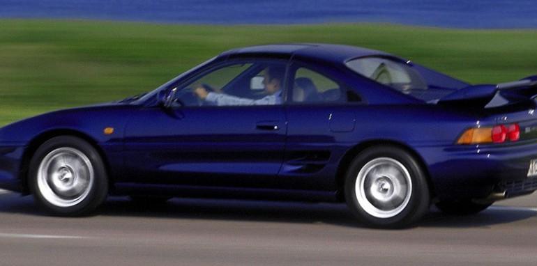 Toyota-MR2-1989-2000-Photo-07