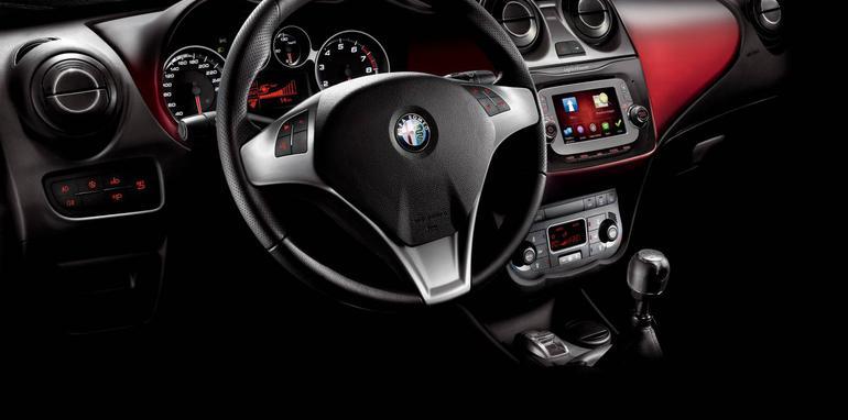 Alfa Romeo Mito interior MY14
