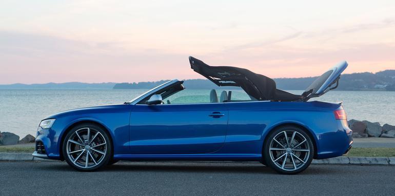 Audi-RS5-Cabriolet-6