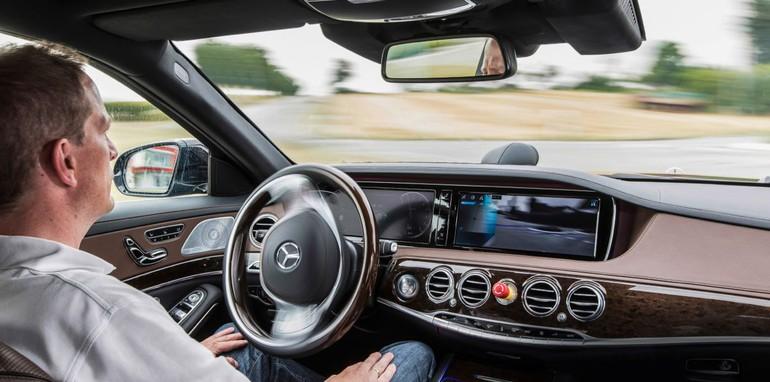 Mercedes-Benz S-class2