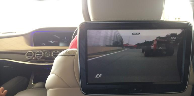2014-Mercedes-Benz-S-Class-Tech-16