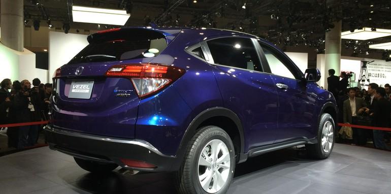 Honda-Vezel-2014-3