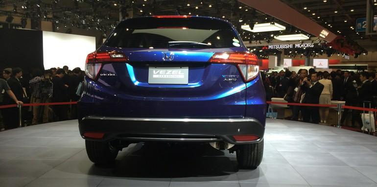 Honda-Vezel-2014-4