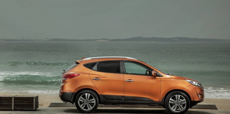Hyundai-ix35-side