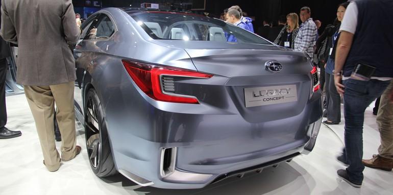 Subaru Legacy concept11