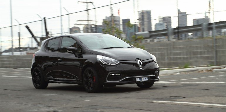 Renault Clio RS200 v Ford Fiesta ST-18