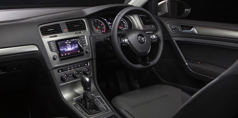 2014 Volkswagen Golf wagon-3