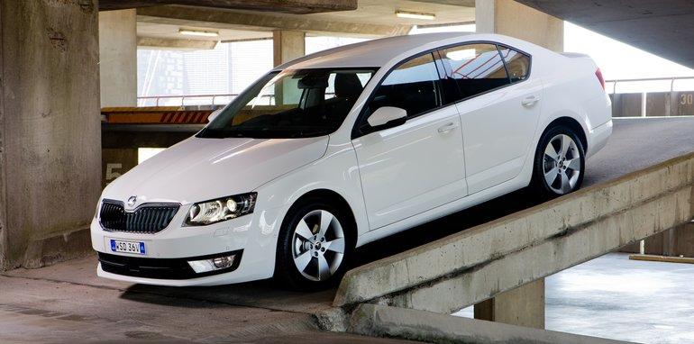 Mid-size Sedans-103
