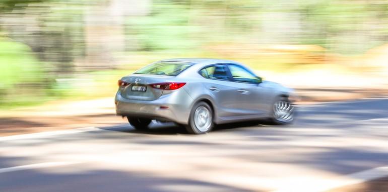 Mazda 3 Driving - 3