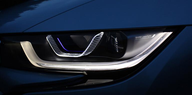 BMW i8 Laser Light high beam and LED low beam