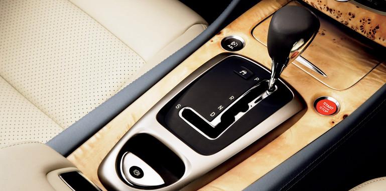 Jaguar XK automatic