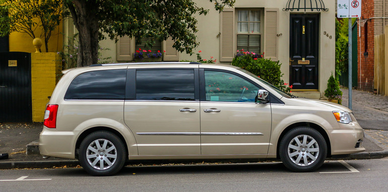 Chrysler Grand Voyager Limited-24