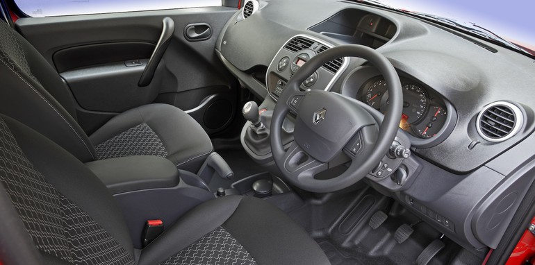 2014 renault kangoo pricing and specifications five seat maxi crew joins small van range. Black Bedroom Furniture Sets. Home Design Ideas