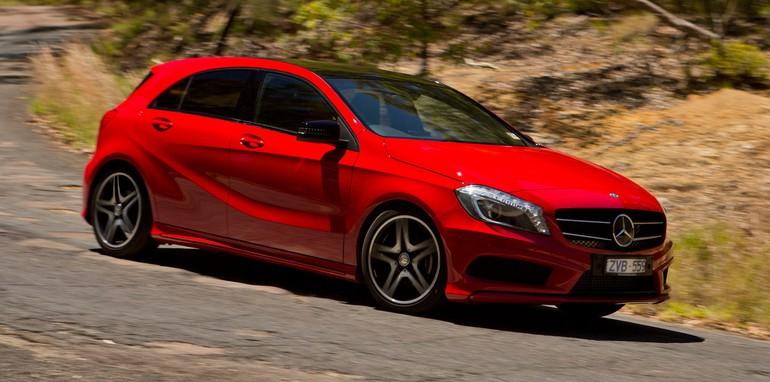 Mercedes-Benz-A180-3
