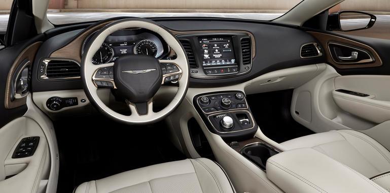 Chrysler 200C interior
