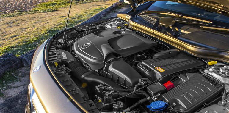2014 Mercedes-Benz GLA-Class-22