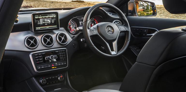 2014 Mercedes-Benz GLA-Class-7
