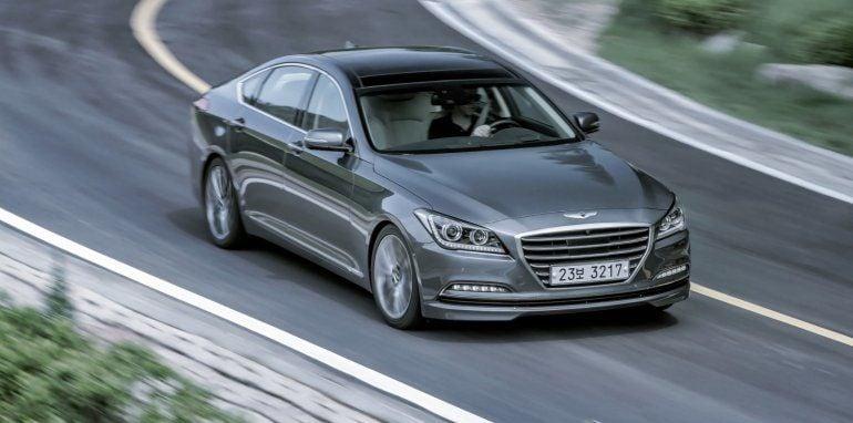 Hyundai-Genesis-3