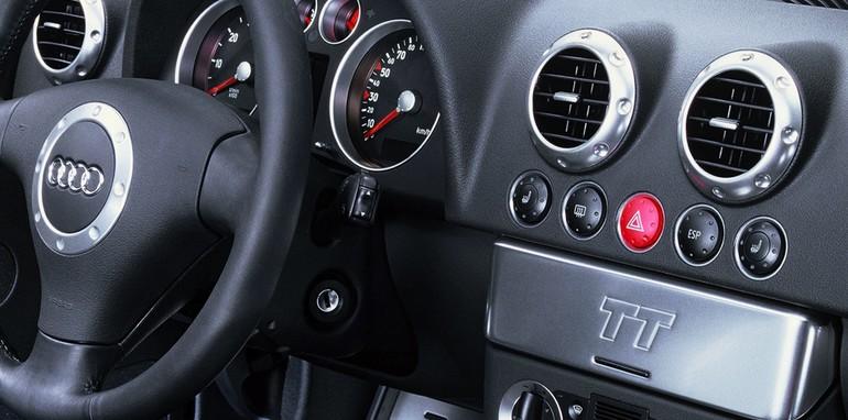 2015 Audi TT design 11