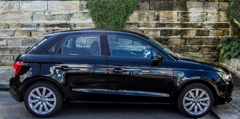 Mini v Audi A1-30