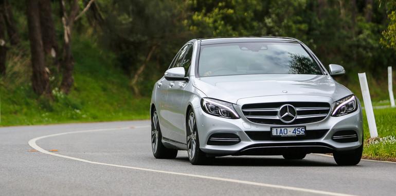 2014-Mercedes-Benz-C200-14
