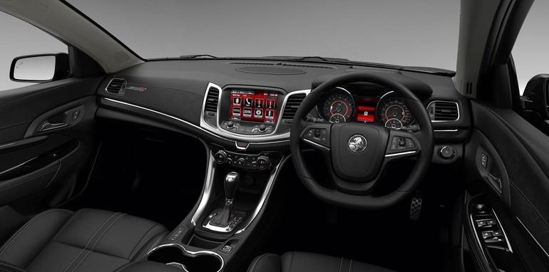 2015-Holden-Commodore-MY15-08