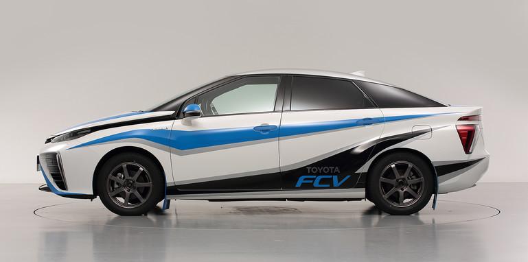 Toyota FCV zero car - side