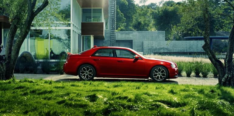 Chrysler 300: next-generation model may lose gangster look