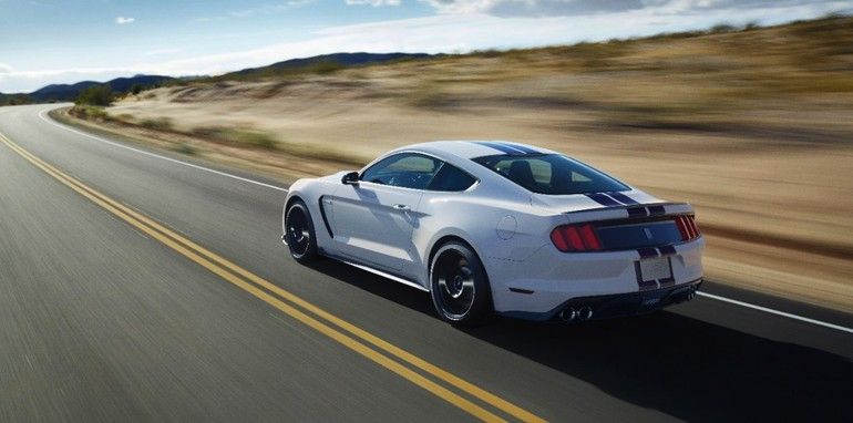 2015 Shelby GT350 Mustang-2