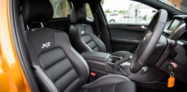 2015-ford-fgx-interior-xr6T-1 (1)