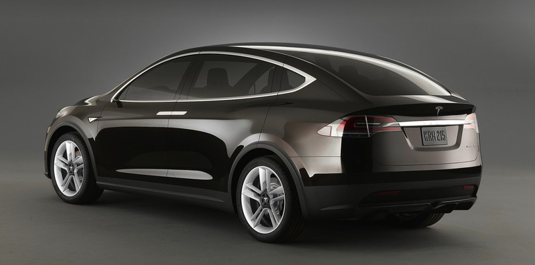 2016 Tesla Model X To Cost About The Same As A Bmw X5 In