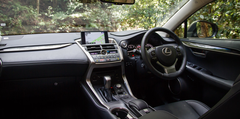 2015-BMWX3-LexusNX-smallSUVcomparo-sydney-28