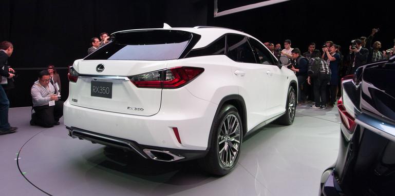 lexus-rx-rear