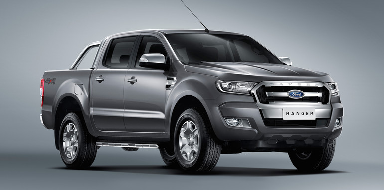 2016 toyota hilux versus ford ranger mitsubishi triton nissan navara. Black Bedroom Furniture Sets. Home Design Ideas