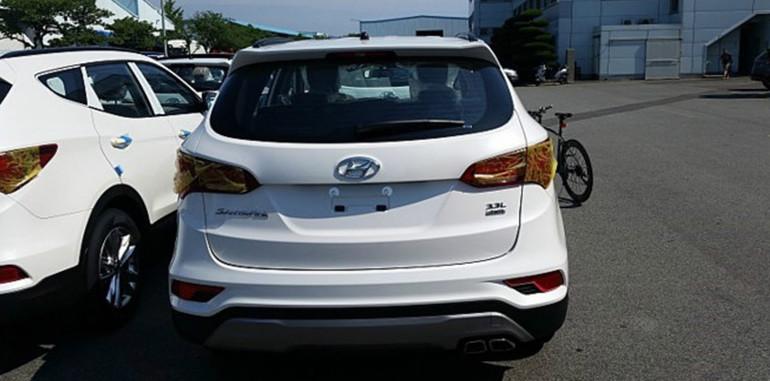 hyundai-santa-fe-facelift-rear