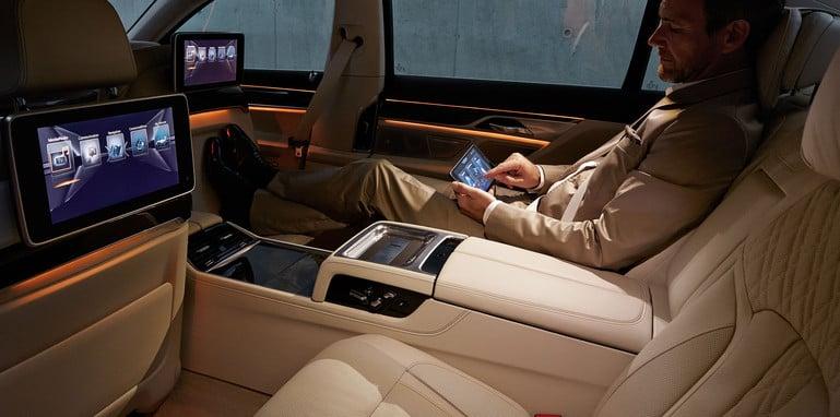 bmw-7-series-rear-seats