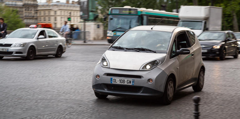 ev-car-share-paris-autolib-2015-34