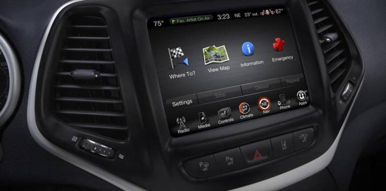 jeep_cherokee_uconnect_01