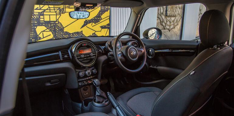 Audi_V_Mini-41