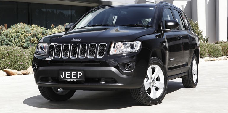 2015 2016 jeep cherokee 2015 compass and patriot recalled. Black Bedroom Furniture Sets. Home Design Ideas