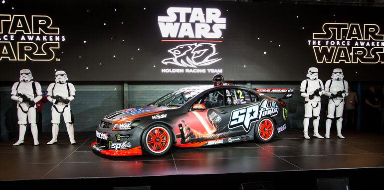 2015-holden-hrt-v8supercar-starwars-22