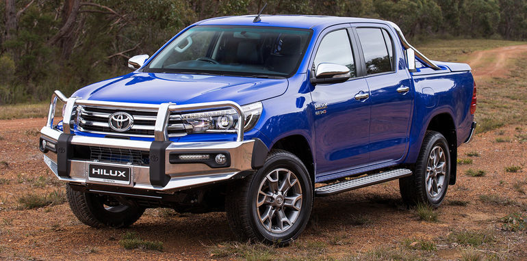 2016_toyota_hilux_genuine-accessories_01
