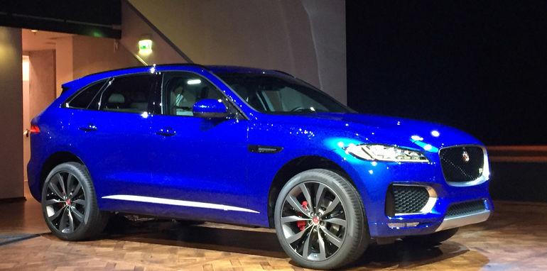 Jaguar-F-Pace-Reveal-10