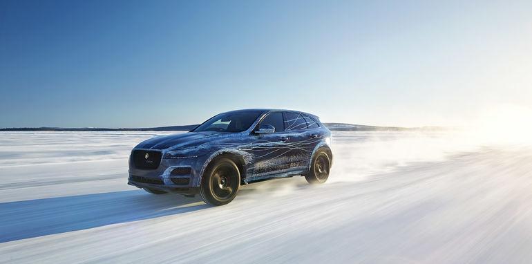 Jaguar-F-Pace-Reveal-19