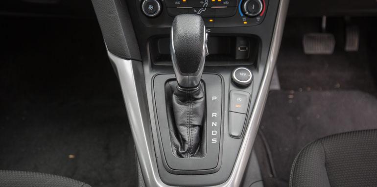 2015-ford-focus-v-mazda3-hatch-comparison-22